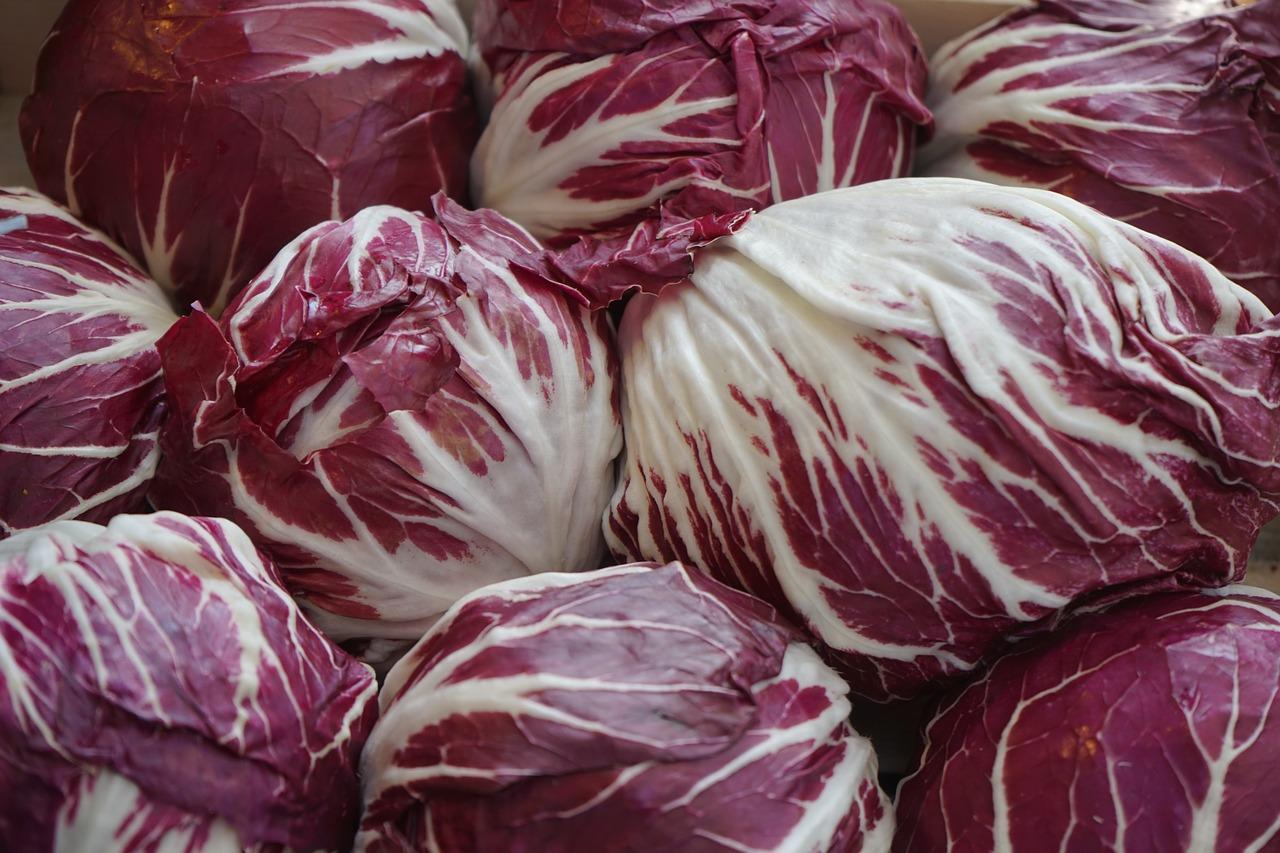 Photo of Dieta del radicchio rosso: per sgonfiare la pancia prima di Natale